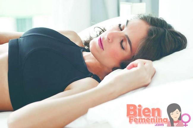 ¿Es bueno o no dormir con sujetador?